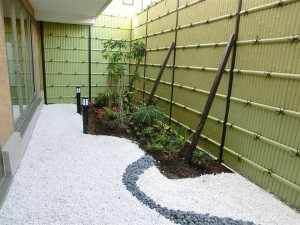 浴室から望む坪庭
